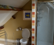 Top Room's Bathroom